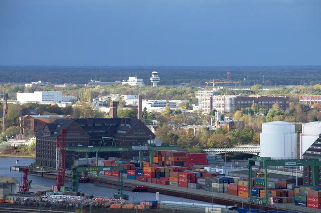 Westhafen und Flughafen Tegel