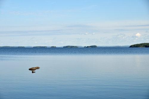 absolute Ruhe an einem finnischen See