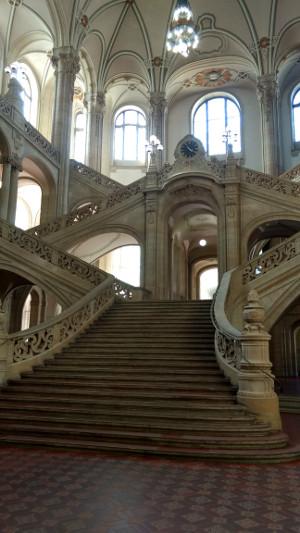 Treppenaufgang im Landgericht Berlin Moabit Turmstraße