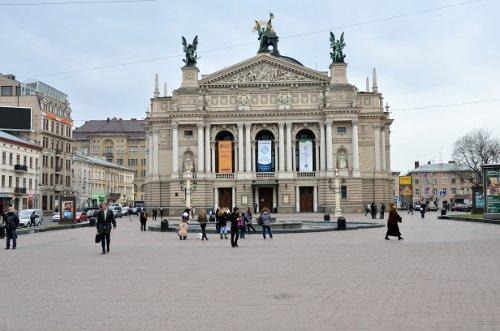 klassisches Operngebäude von Lviv