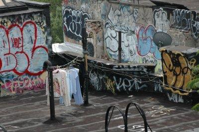 Wäsche auf einem Dach in New York
