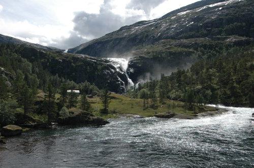 Wasserfall am Rande der Hardangervidda
